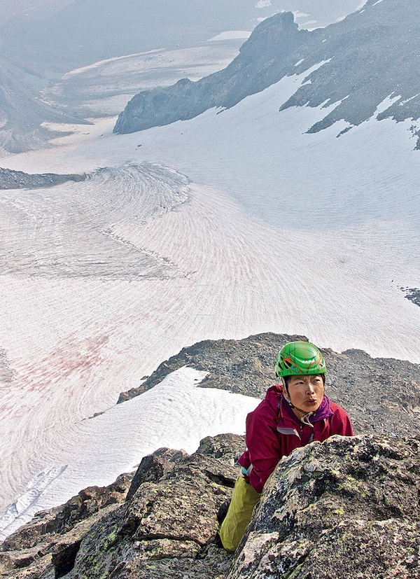 Szu-ting Yi climbing on the east face of the Sphinx in Wyoming's Wind River Range